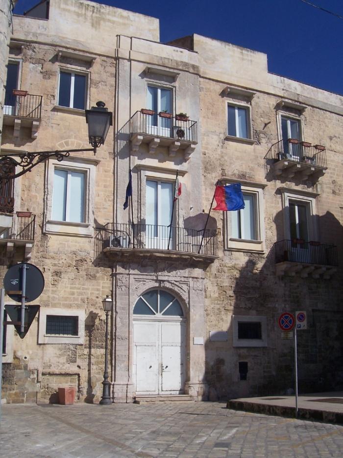 Palazzo_Latagliata_Taranto.jpg