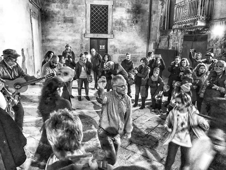 Balli e Musica Popolare per raccontare le storie e leggende della nostra Isola
